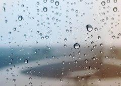 下雨天的说说 下雨天应景的心情说说