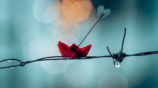 下雨天感慨说说伤感句子 心情就像下雨天的说说